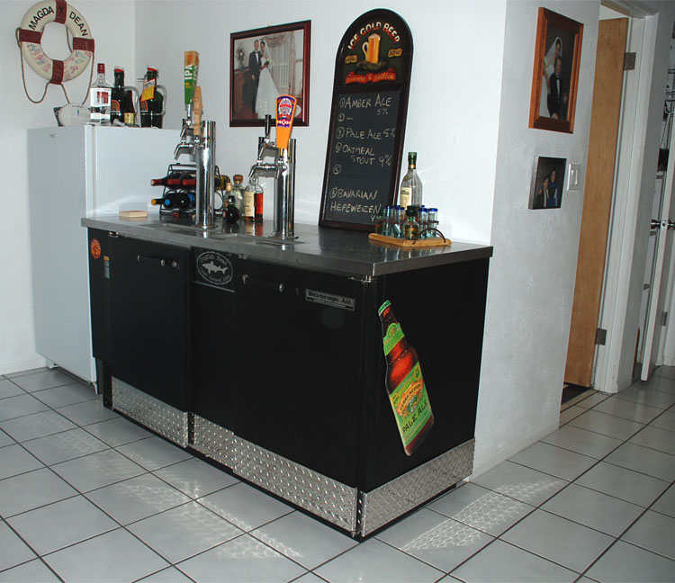 our previous kegerator is this older beverage air dd68 it has 6 taps and a capacity for at least 10 corny kegs and 8 commercial 16 kegs not including - Beverage Air Kegerator